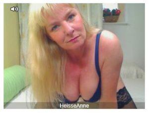 Milf Anne vor der Sexcam
